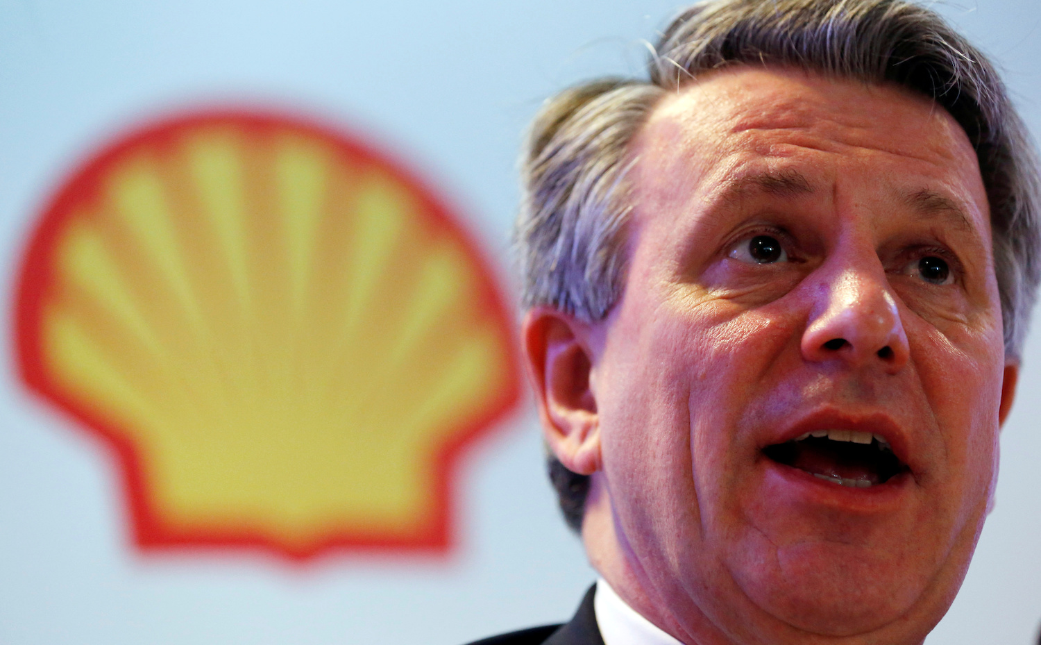Shell launches major cost-cutting drive to prepare for energy transition