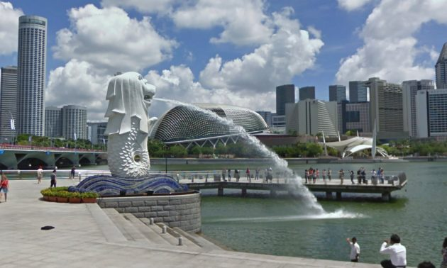 Singapore warns of slow recovery
