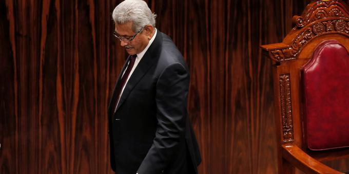 Sri Lanka's bonds slump after US calls for 'difficult' choices over China ties
