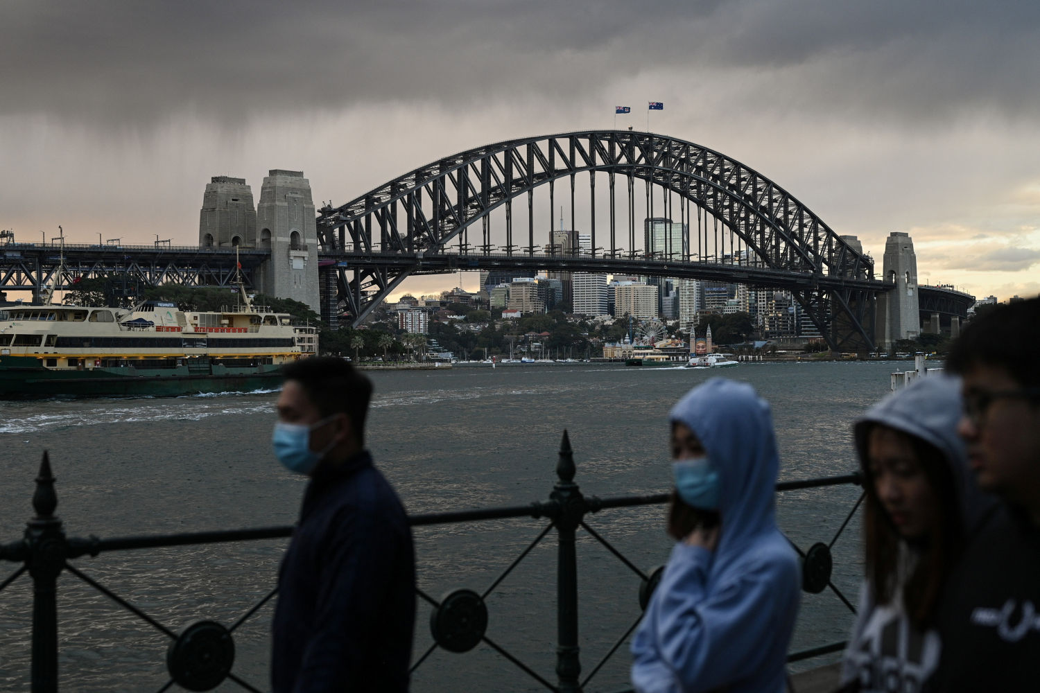 Australia posts faster than expected recovery as stimulus kicks in