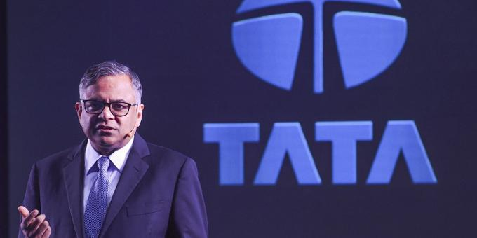 Apple, Tata join hands to boost handset production