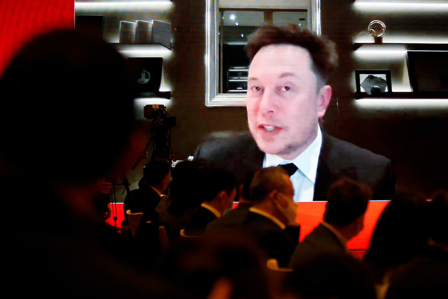 Consumer complaints mount for Tesla as Musk rejects spying fears