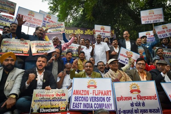 Indian small traders fight back Amazon, Walmart-Flipkart