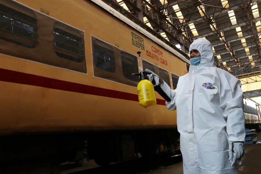 India to gradually restart rail travel as lockdowns ease