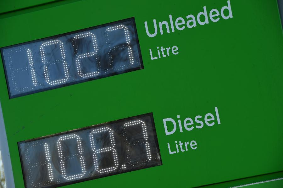 Oil demand worries spook investors