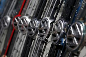 Car production cuts far from over as parts makers signal woes