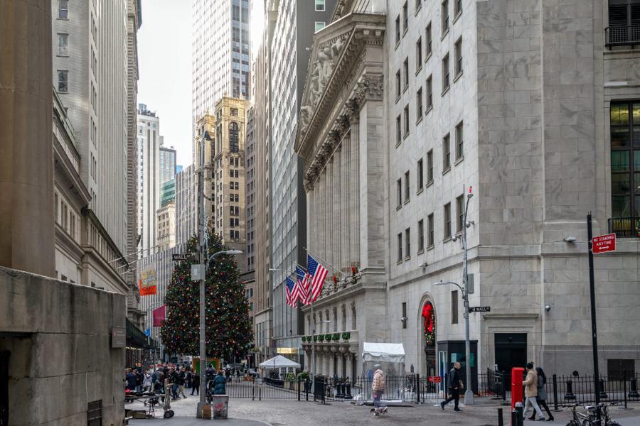 Epidemic gives US banks a shot at redemption