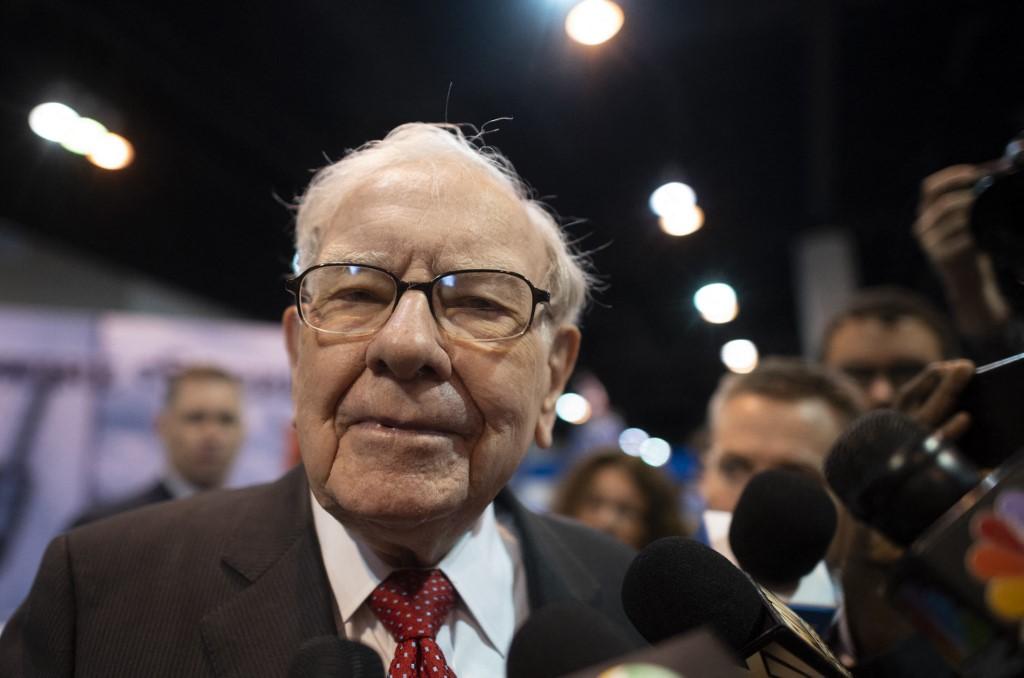 US economy 'doing great', but Buffet less positive on SPACs, Robinhood