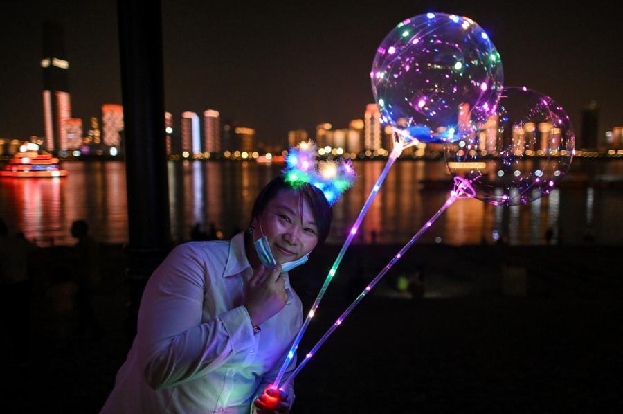 China's exporters look inwards as virus hits overseas markets