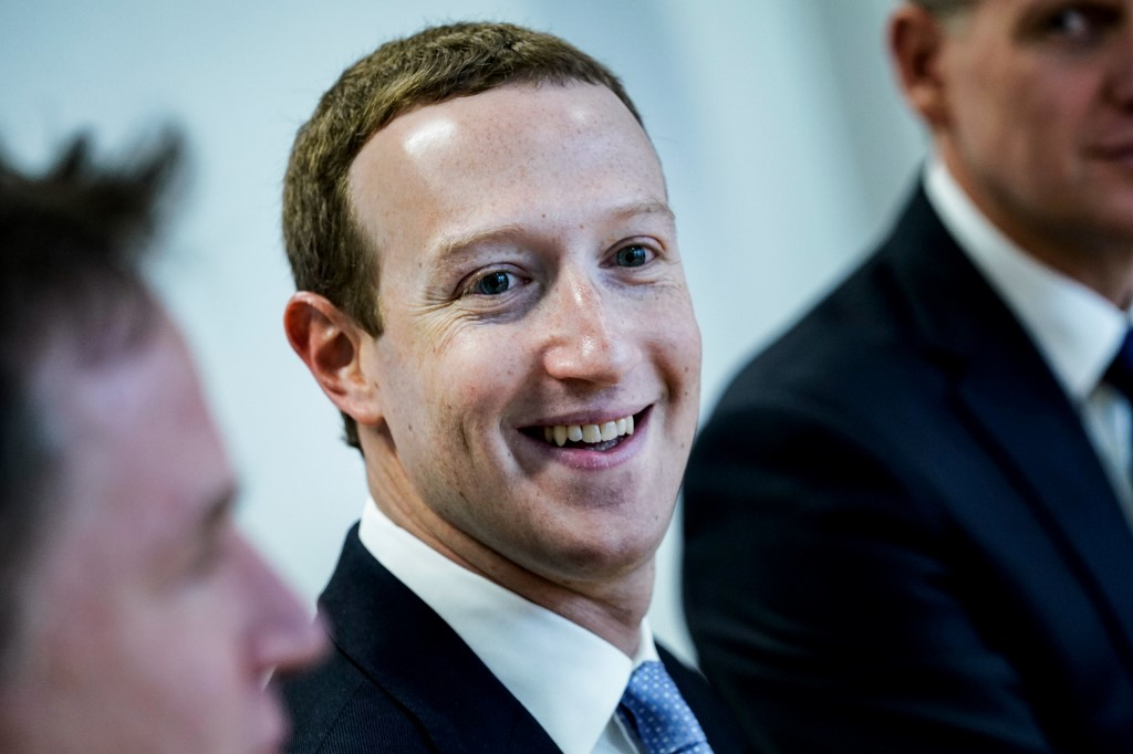 Facebook to stop taking political ads a week before US election