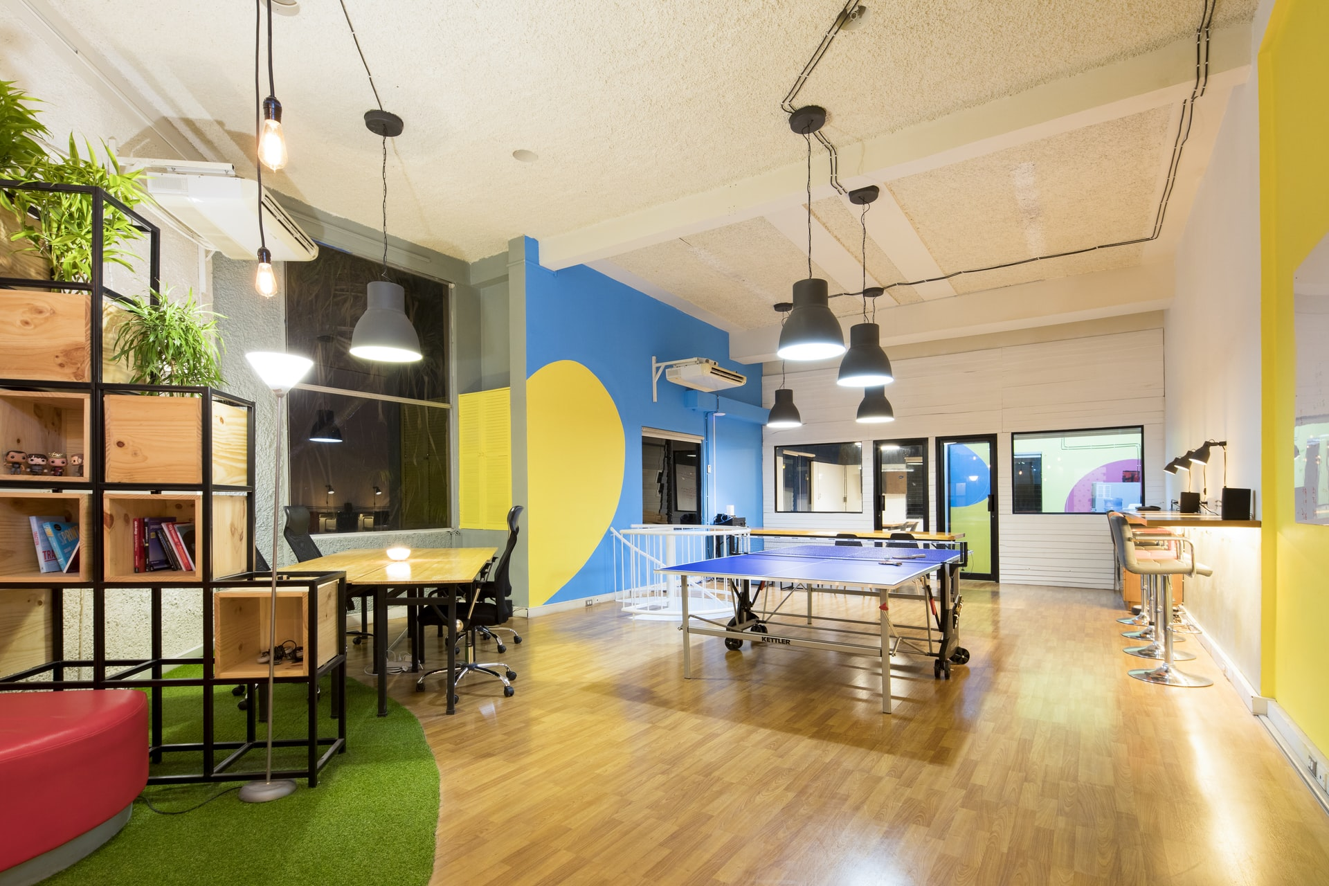 Return to The Office: How Can Companies Do It Right