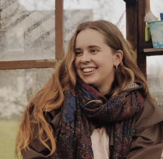 Amanda rasmussena smiling
