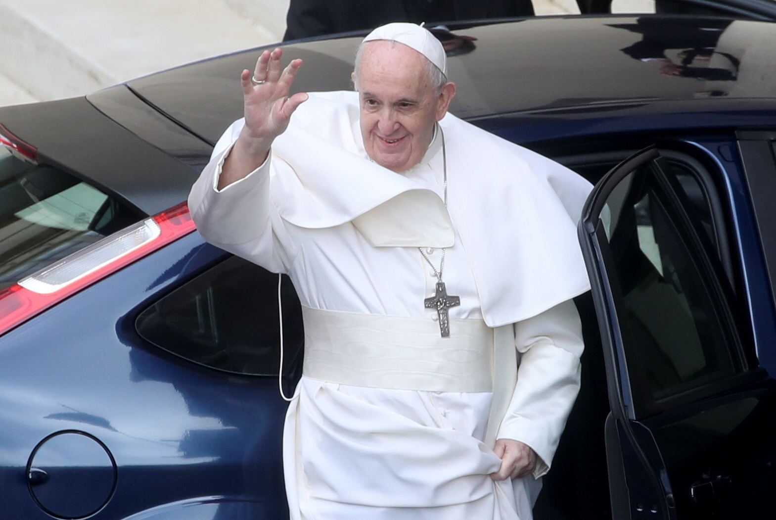 Pope to hold crisis summit with Lebanon Christian heads