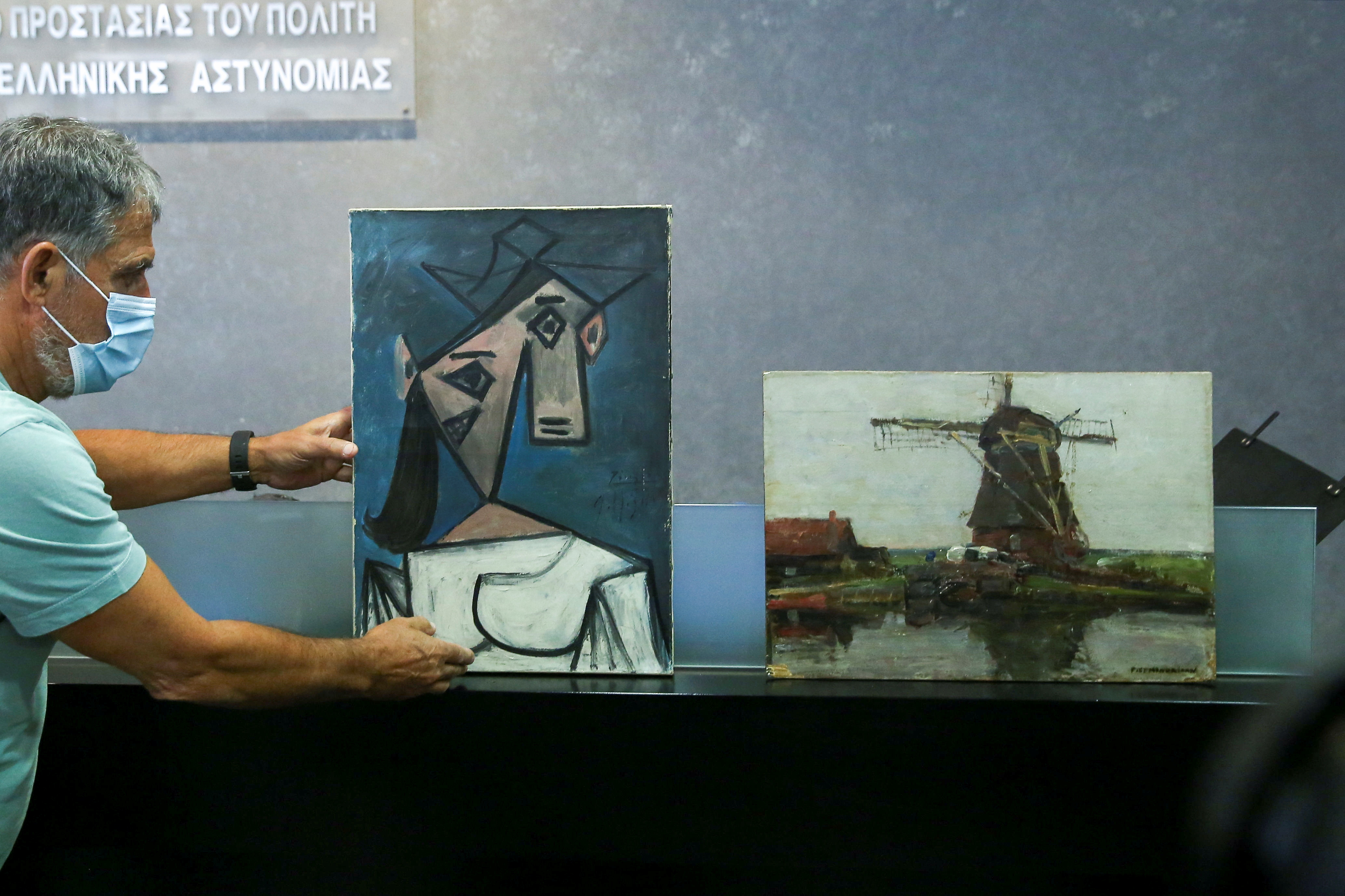 Greece recovers stolen Picasso, Mondrian paintings