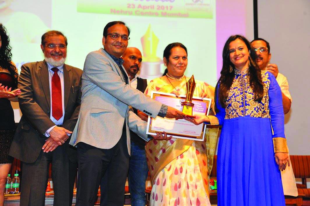 Feminist writer Meghna Pant receives Bharat Nirman Award