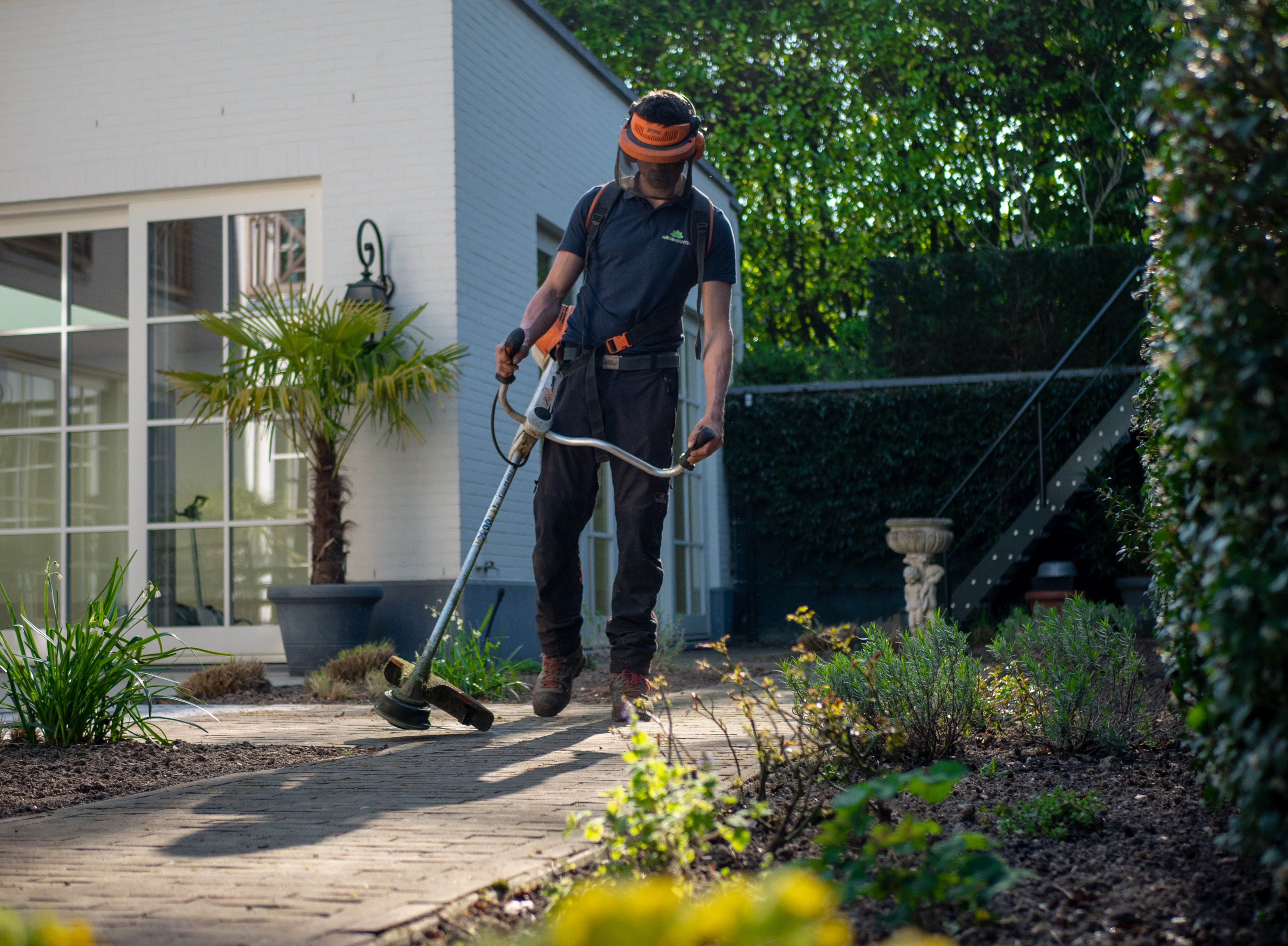 Hiring for Landscapers: 3 Easy Ways to Find Lawn Care Employees